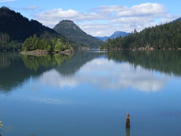 Rimrock Lake east of White Pass