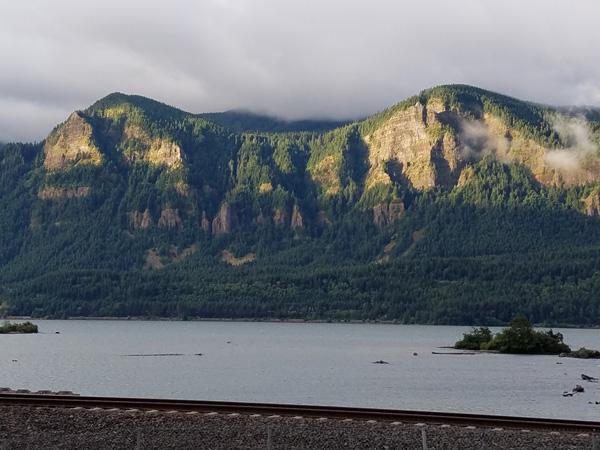 Across the Columbia River towards Oregon cliffs near Carson