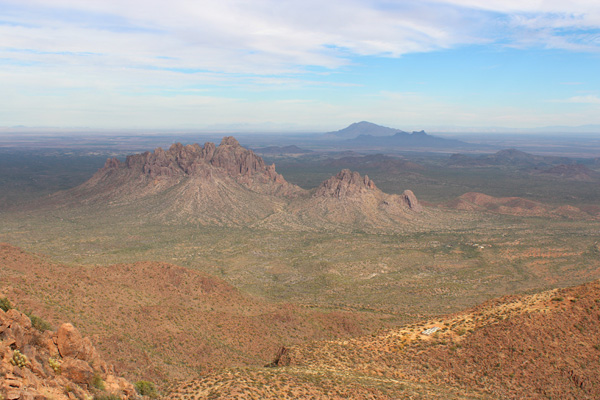 Looking NE towards Ragged Top and Newman and Picacho Peaks