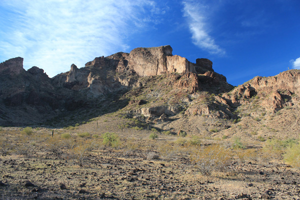 The north face of Saddle Mountain from the climbers trail