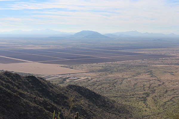 The Silver Reef Mountains and the Tat Momoli Mountains (right) from the Casa Grande Mountains