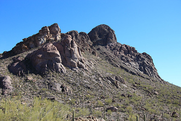 An afternoon view of the west face of Cat Mountain from the Sarasota Trail.